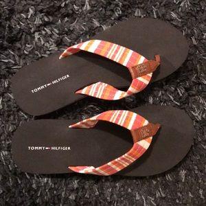 Tommy Hilfiger flip flops NWOT size 6